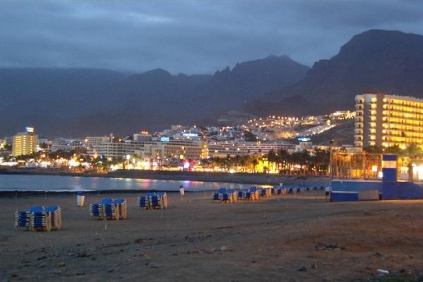 Playa de las Americas1